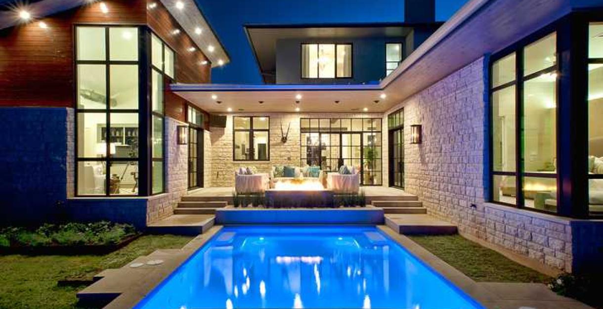 ТОП-10 проектов домов с бассейном