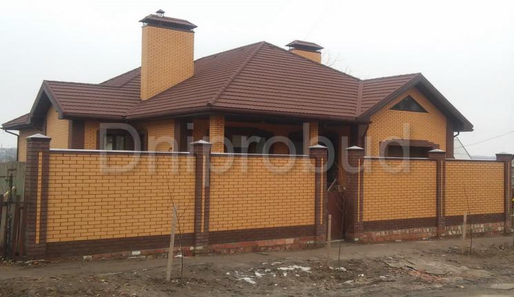 Одноэтажный дом 310 м.кв. в Запорожской области