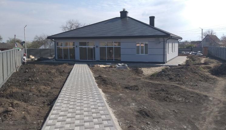 Большой одноэтажный коттедж в пгт Ставище Киевской области