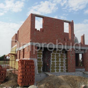 Современный двухэтажный коттедж